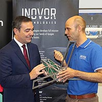 Dr Matthew Tetlow with Premier Steven Marshall at the Inovor Technologies announcement